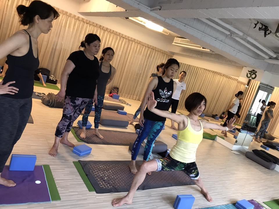 20170426 曉萍老師正位瑜伽專班