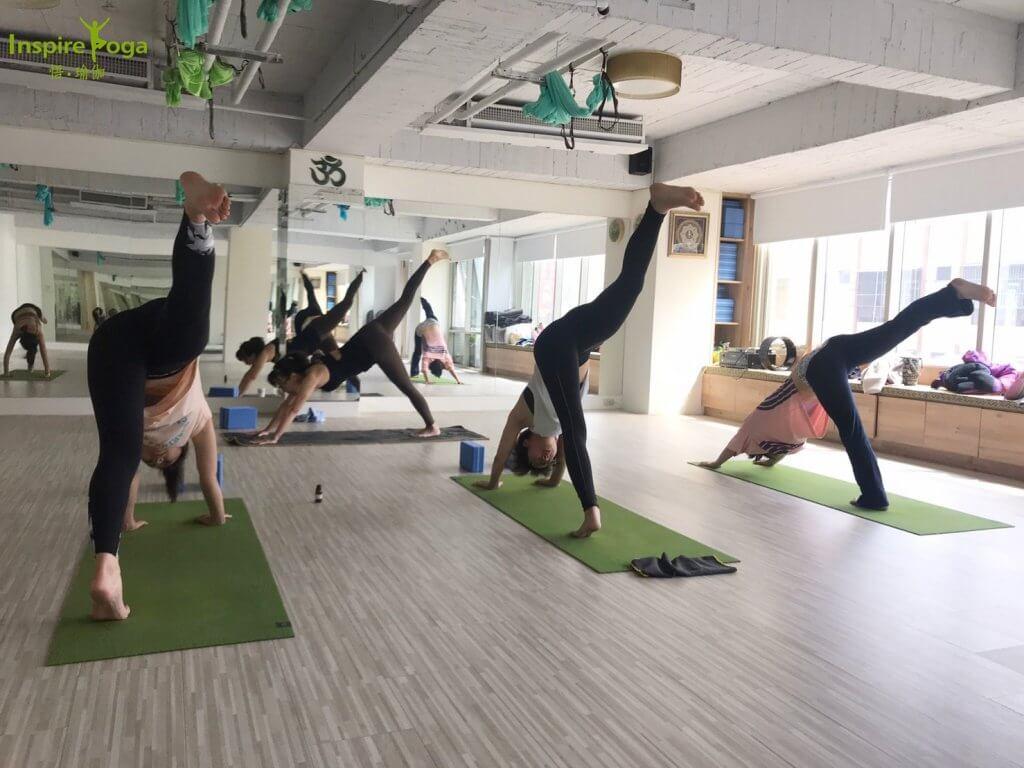基礎伸展 Stretch Basic