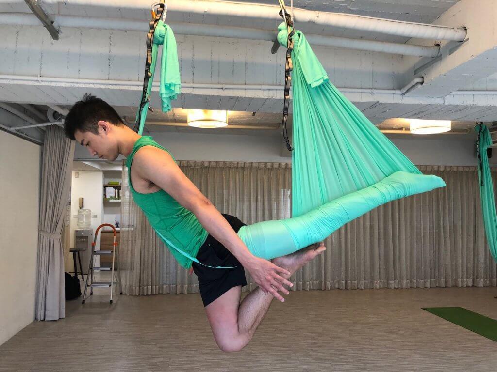 空中瑜伽1 (Aaron)