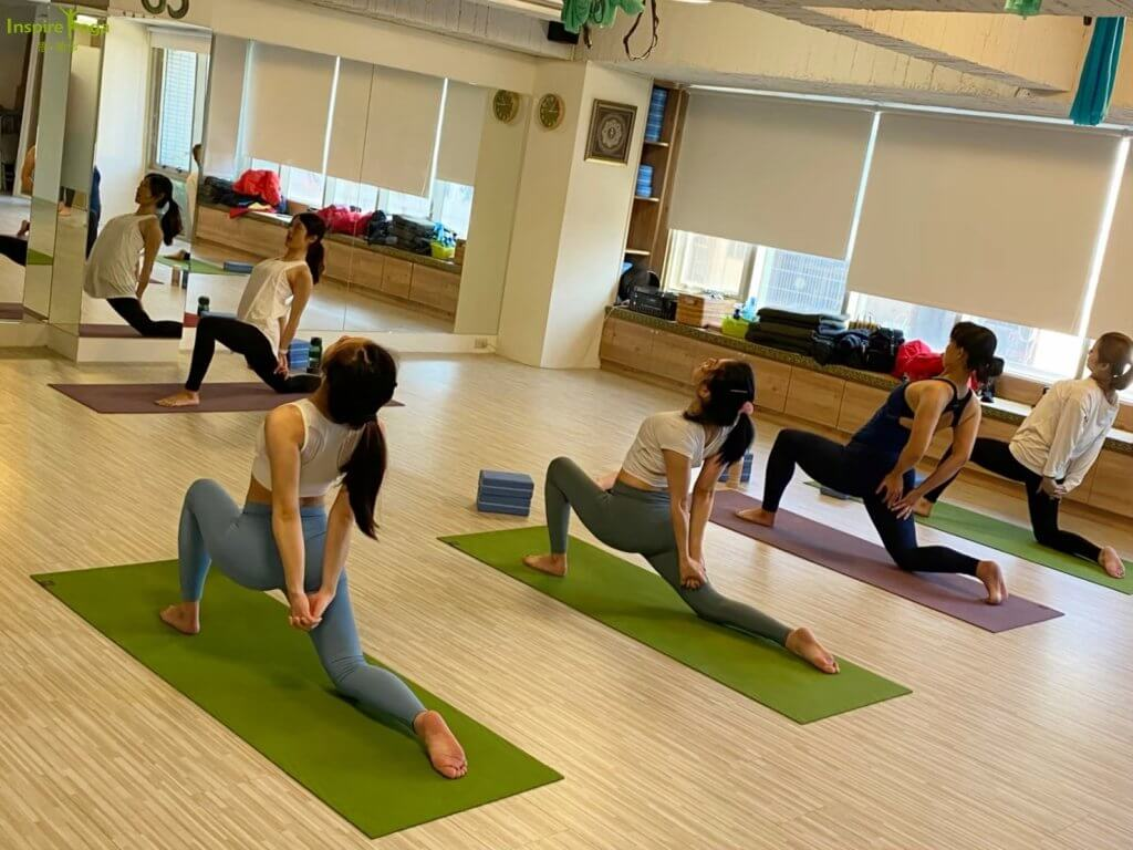 流動瑜伽 Flow Yoga